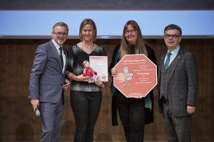 Einen hinreißenden Song zur Verkehrssicherheit komponierten die zwei Lehrerinnen der Johanniterschule Heitersheim mit ihren Schüler. Absolut preiswürdig für Aktion Kinder Unfallhilfe.