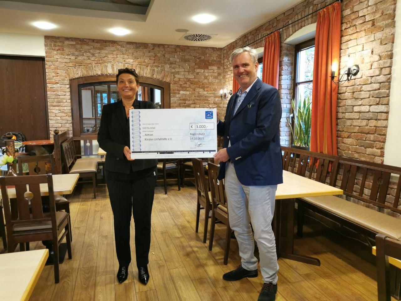 Spenden Kinderunfallhilfe Okober 2021 Regensburg-Ost